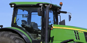 Agri Vehicle Windscreen Repair